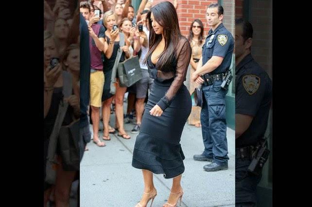 Foto Seksi Kim Kardashian