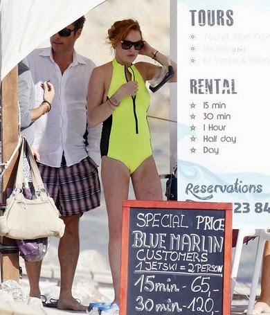 Insiden Memalukan Baju Renang Lindsay Lohan