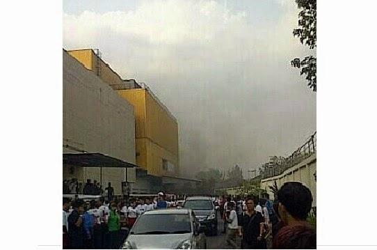 Foto Kebakaran Trans Studio Bandung