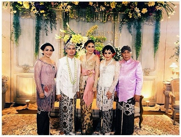 Foto-Foto Exclusive Pernikahan Raffi Ahmad dan Nagita Slavina