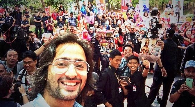 Foto-Foto Selfie Shaheer Sheikh
