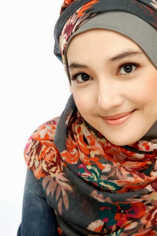 Profil, Biodata dan Foto Cantik Anna Gilbert | asalasah.blogspot.com