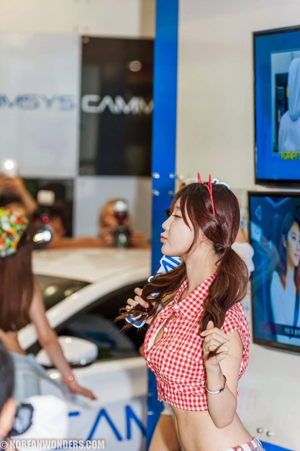Foto Hot Seksi Ladyguard Korean Auto Salon