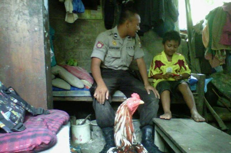 Bripda Taufik, Polisi Miskin Tinggal di Bekas Kandang Sapi