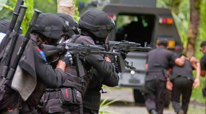 Densus 88 Tembak Mati Tersangka Teroris Poso