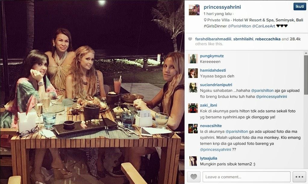 Syahrini Foto Bareng Paris Hilton di Bali
